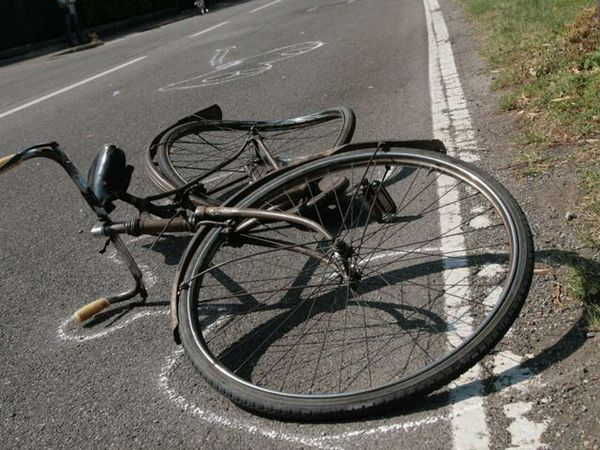 incidente bicicletta