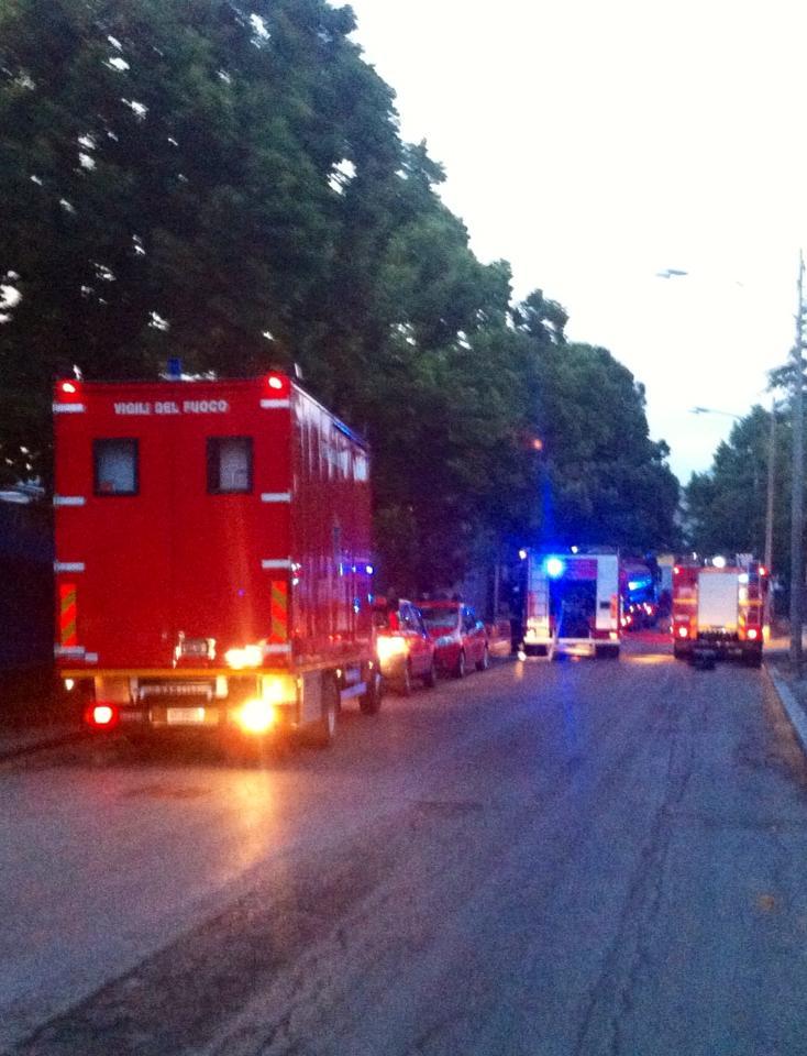 incendio pompieri vigili del fuoco