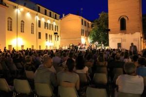 piazza piazzetta misura sera