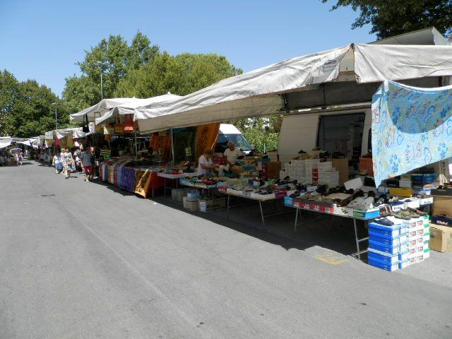 mercato castrocaro