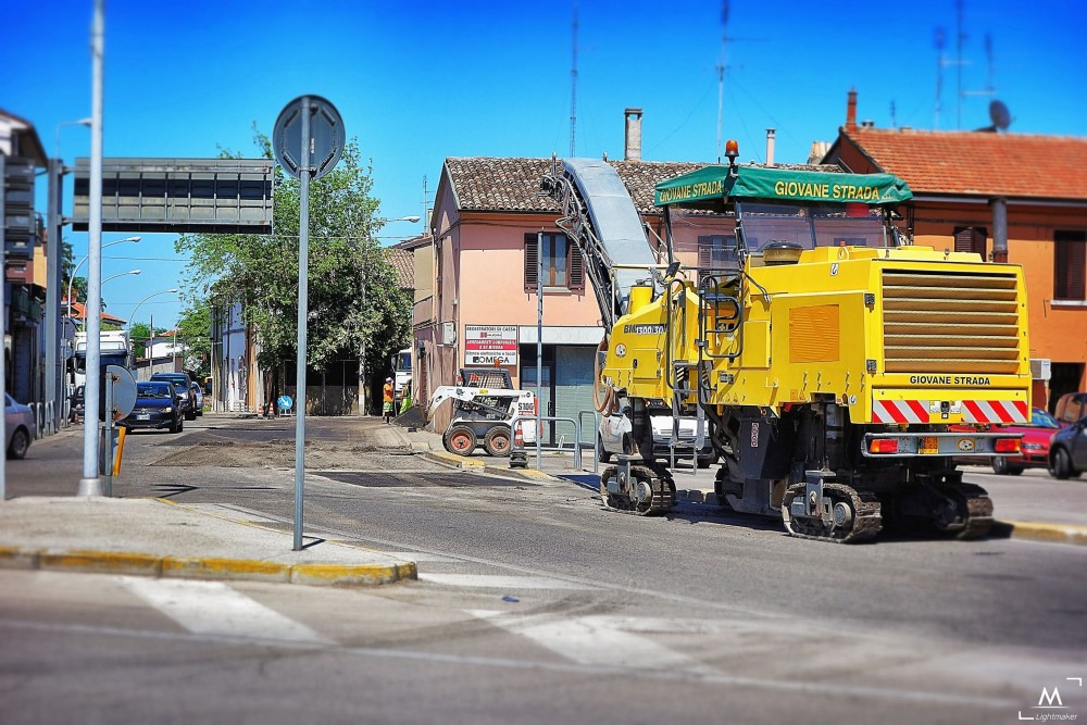 lavori stradali asfaltatura