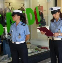controlli negozi polizia municipale