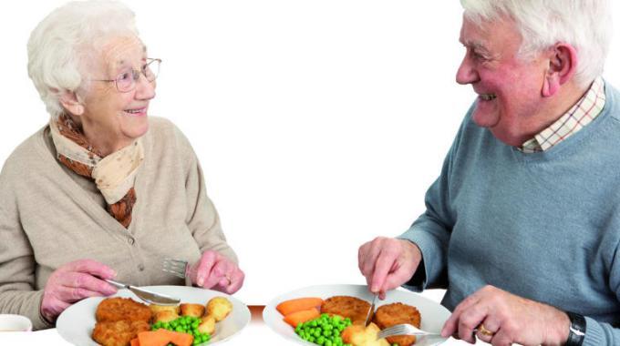 anziani alimentazione