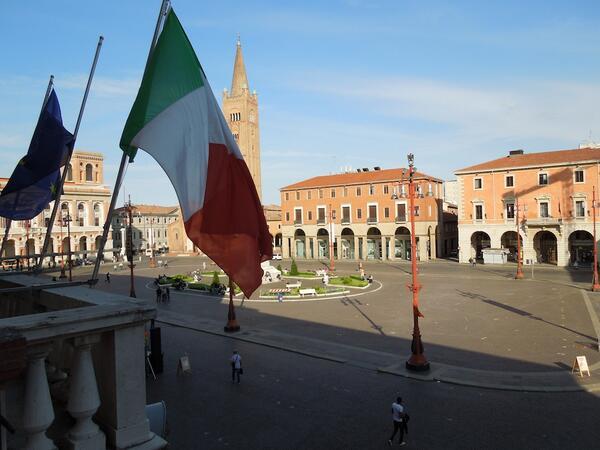 Piazza Saffi Forlì