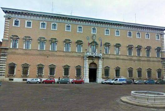 Piazza Ordelaffi Prefettura Forlì