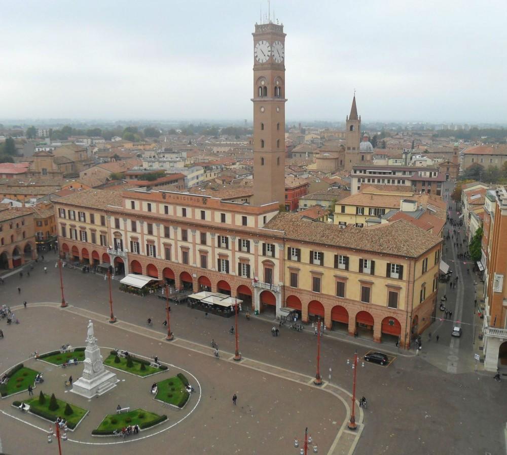 Forlì dall'alto Piazza Saffi