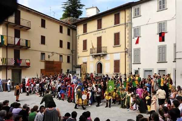 festa medievale la contesa dei castelli Premilcuore