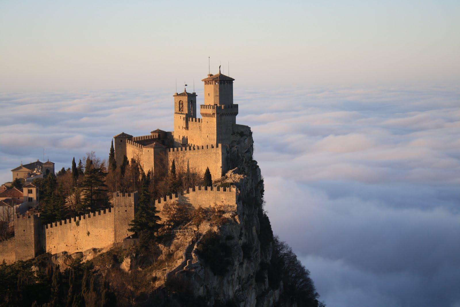 """A SAN MARINO FREE ARTS & WORKS IN PROGRES GALLERY PRESENTANO LA MOSTRA """"VENUS IN ART"""" DAL 24 OTTOBRE AL 2 NOVEMBRE 2014 Articolo di Rosetta Savelli"""
