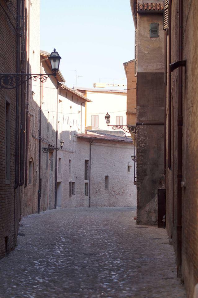 Via Sassi a Forlì