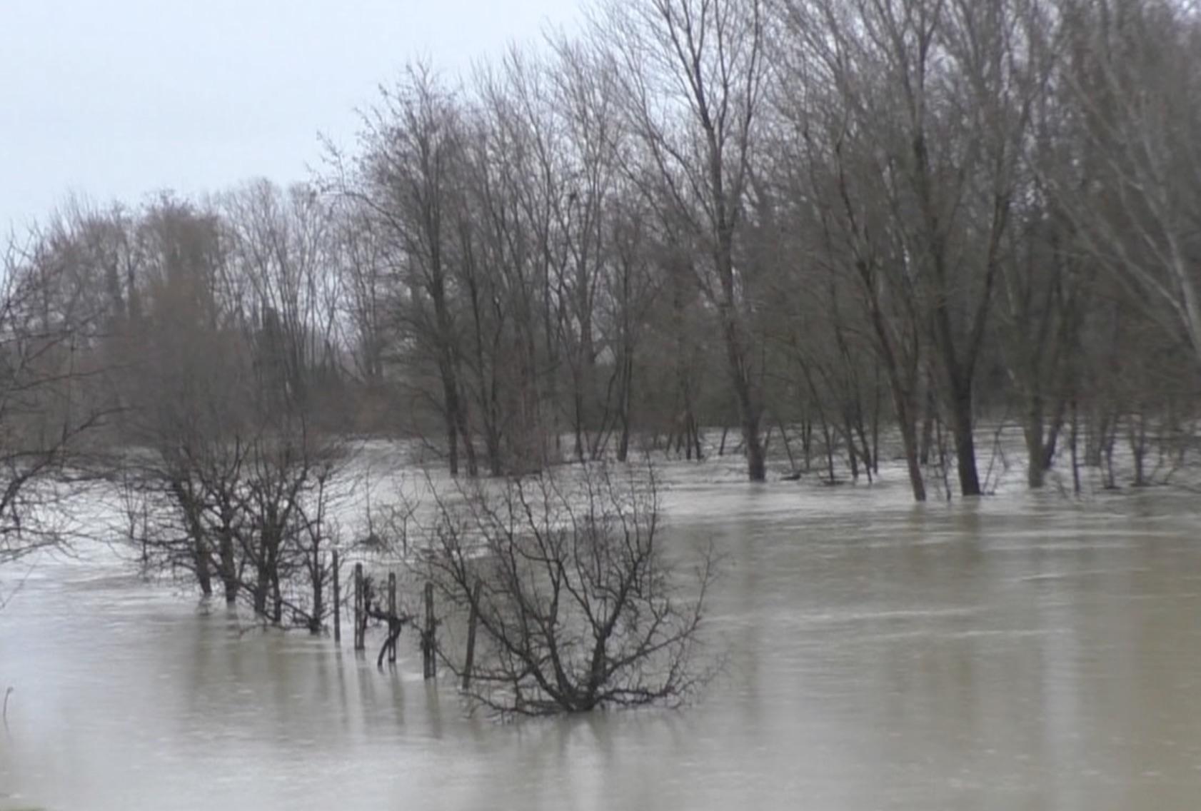 fiume maltempo allagamenti