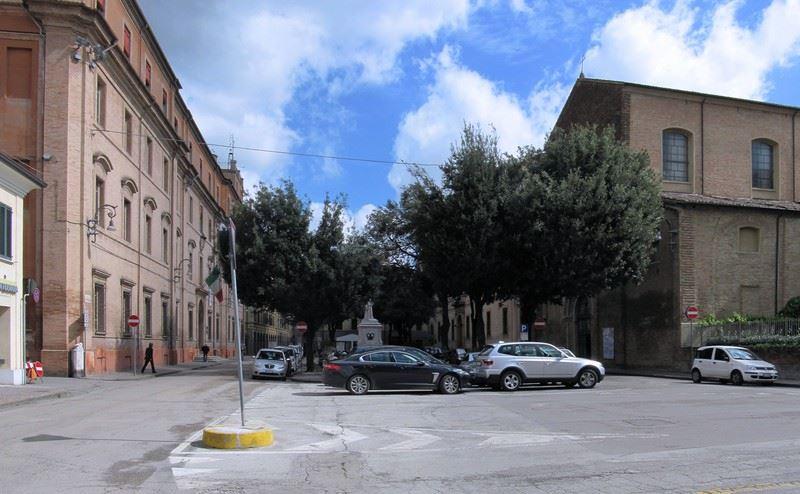 palazzo della provincia forli cesena piazza Morgagni