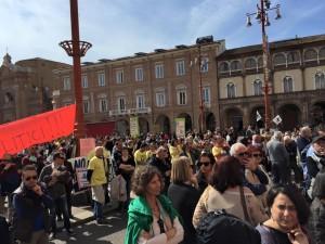 Riunione in piazza Saffi Forlì